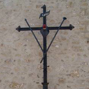 Croce esterna Chiesa di San Michele Arcangelo - Venosa