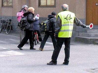 Volontari della sicurezza servizio scolastico.