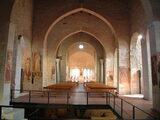 Interno Chiesa Antica SS. Trinità - Venosa