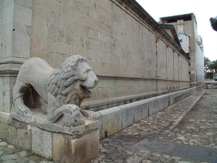 Antica Fontana Angioina -Venosa